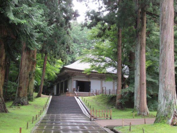 平泉・中尊寺金色堂