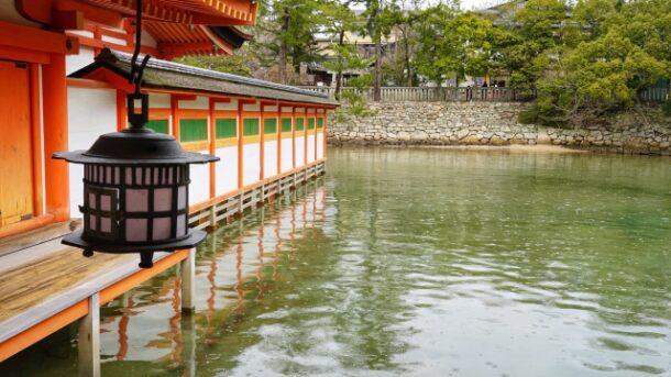 厳島神社の客神社