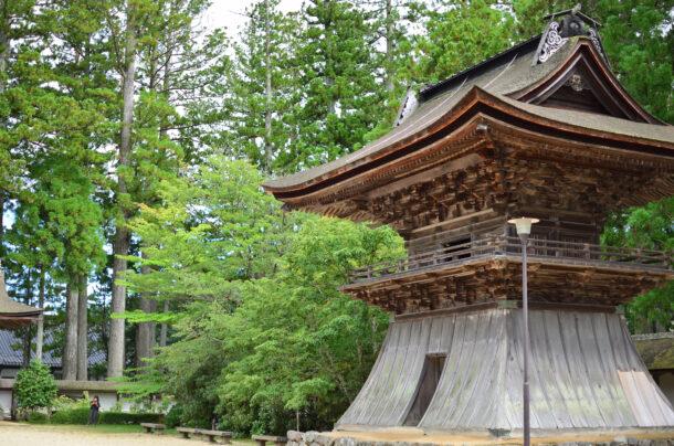 金剛峯寺の鐘楼