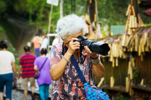 おばあちゃんカメラマン
